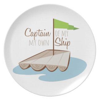Capitán Of Ship Plato Para Fiesta