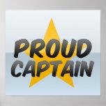 Capitán orgulloso poster