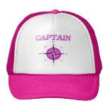 Capitán rosado con el rosa de compás gorros