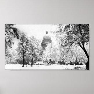 Capitolio del estado de Idaho en nieve Póster