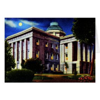 Capitolio del estado en la noche Raleigh Carolina  Tarjeta