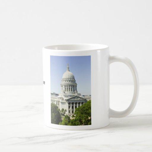 Capitolio que construye los WI de Madison Taza Básica Blanca