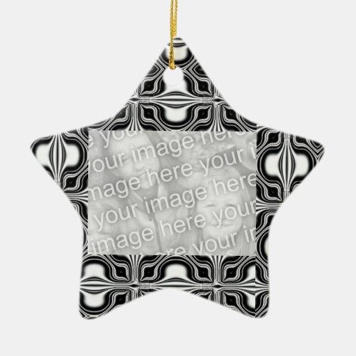 Capítulo blanco negro de la foto del modelo de la  ornamentos para reyes magos
