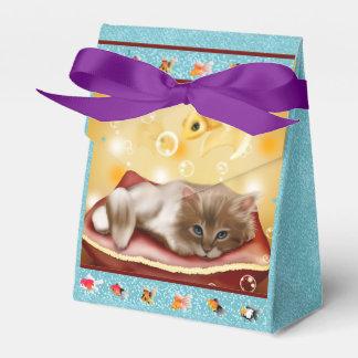 Capítulo del Goldfish con el gatito soñoliento Caja Para Regalos