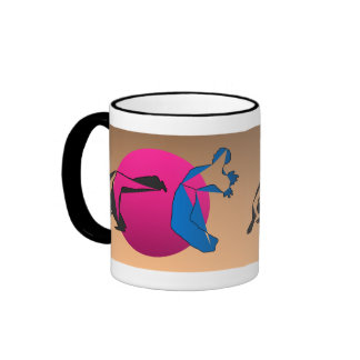 capoeira de la danza del karate de los artes marci tazas de café