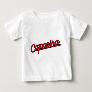 Capoeira in red tee shirt