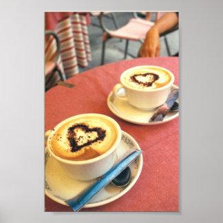 Cappucino en corazones italianos del café de Corto Poster