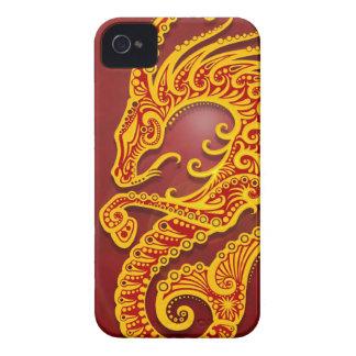 Capricornio tribal rojo de oro complejo, iPhone 4 Case-Mate carcasa