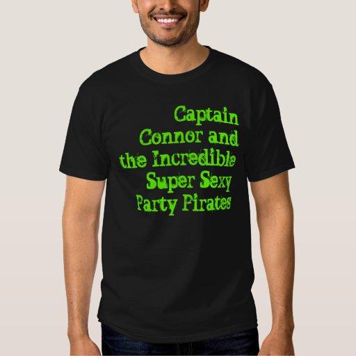 Captain Connor y el PA atractivo estupendo Playera
