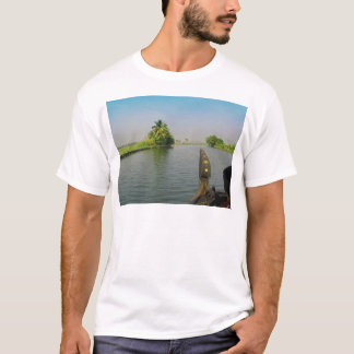 Captain of houseboat surveying the saltwater T-Shirt
