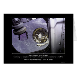 Captura de Thuot del astronauta un satélite libre- Tarjeta De Felicitación