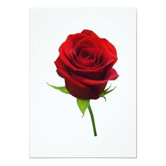 Capullo de rosa rojo elegante invitaciones personalizada