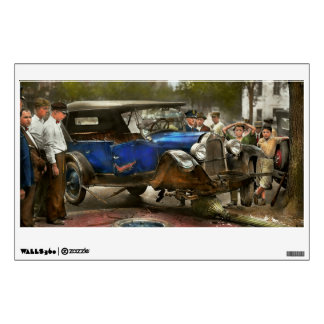 Car Accident - It came out of nowhere 1926 Wall Decal