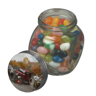 Car - Accident - Late for tee time 1932 Glass Jar