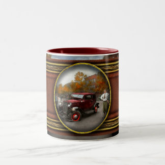 Car - Accident - Late for tee time 1932 Two-Tone Coffee Mug