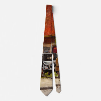 Car - Accident - Looking out for number one 1921 Tie