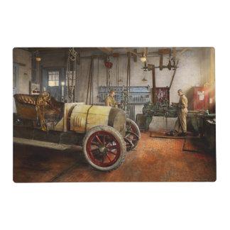 Car Mechanic - The overhaul 1915 Placemat