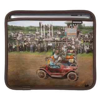 Car - Race - On the edge of their seats 1915 Sleeve For iPads