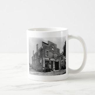 Car Repair & Tire Shop: 1940s Coffee Mug