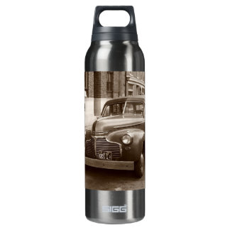 Car with Wooden Bumper WWII 16 Oz Insulated SIGG Thermos Water Bottle