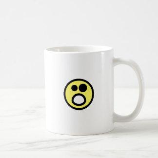 Cara abierta del smiley de la boca del amarillo Wh Tazas De Café