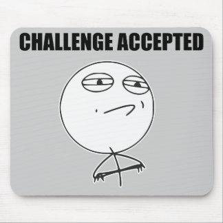 Cara aceptada desafío Meme cómico de la rabia Tapete De Ratón