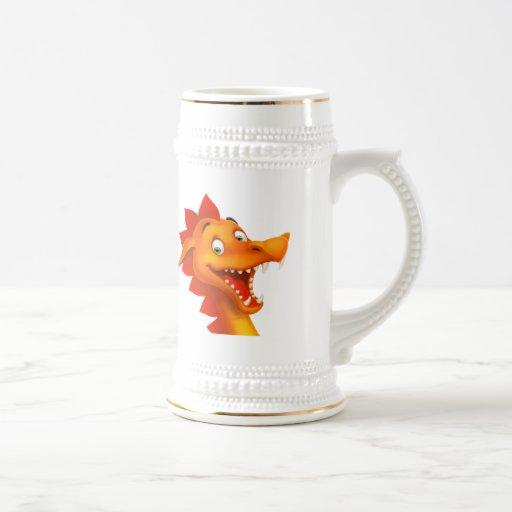 Cara adorable del dragón con los ojos verdes jarra de cerveza