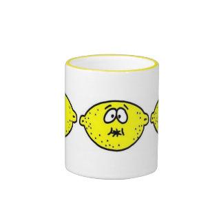 Cara amarga del limón tazas