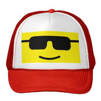 Cara amarilla de las sombras frescas simples gorras de camionero