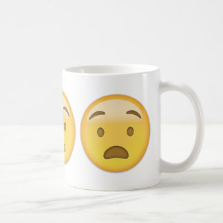 Cara angustiada Emoji Taza