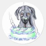 Cara azul de la torta de cumpleaños de great dane pegatinas redondas