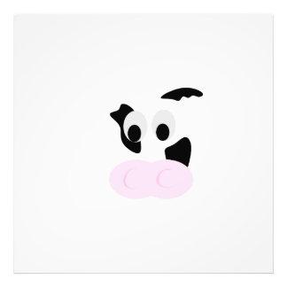 Cara blanco y negro de la vaca lechera o de los fotografía