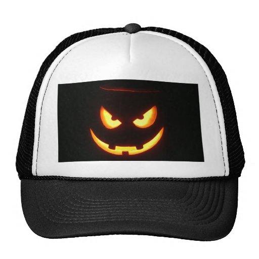 Cara de mueca malvada de la calabaza de Halloween Gorras De Camionero