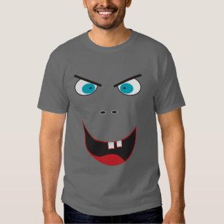 Cara de mueca malvada divertida camisas