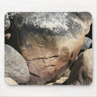 Cara de piedra tapetes de ratón