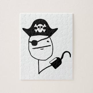Cara de póker del pirata - meme puzzle con fotos