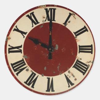 Cara de reloj antigua del vintage apenada pegatina redonda
