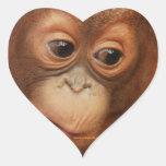 Cara del bebé del orangután pegatinas corazon personalizadas
