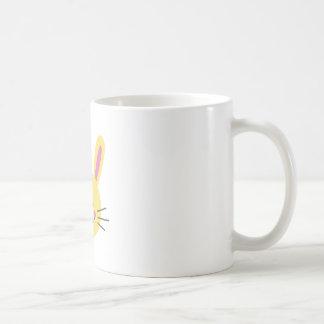 Cara del conejito taza de café