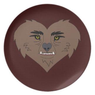 Cara del corazón del hombre lobo platos de comidas