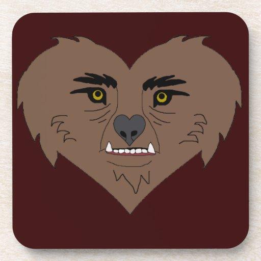 Cara del corazón del hombre lobo posavasos