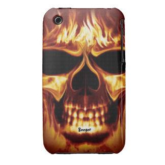 Cara del cráneo de Iphone 3 apenas allí - en el iPhone 3 Protector