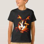 Cara del gato de Halloween que brilla intensamente Remeras