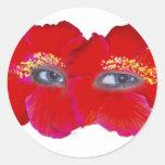 Cara del hibisco - rojo pegatina redonda