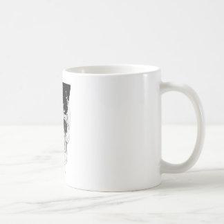 Cara del horror de la muerte del triángulo del taza básica blanca
