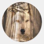 Cara del lobo en maderas pegatina redonda