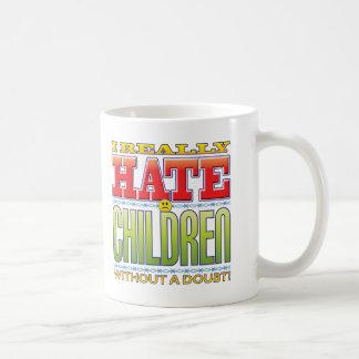 Cara del odio de los niños taza básica blanca