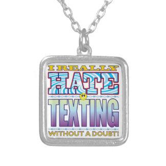 Cara del odio de Texting Colgante Cuadrado