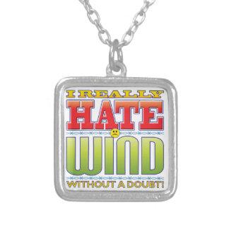 Cara del odio del viento pendiente personalizado