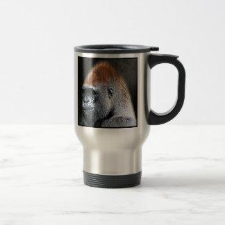 Cara del primer del gorila de la tierra baja del taza de viaje